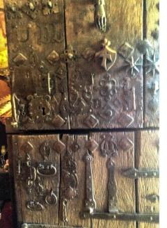 gOTHIC CAMINO DOOR