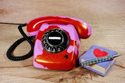 telephone-3144470_1920